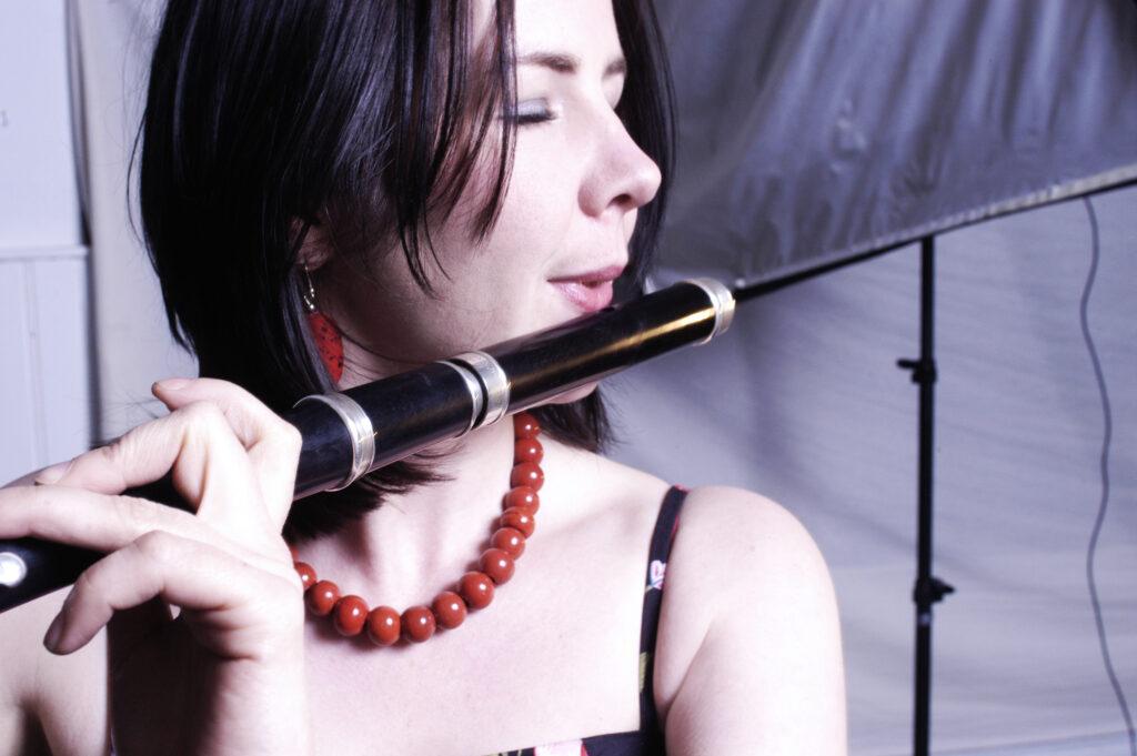 Koncert med Nuala Kennedy Trio (IRL)     Søndag d. 9. juni kl. 20.00     Entré 100,-/150,- Metronomen, Godtåbsvej 33, Frederiksberg 2000